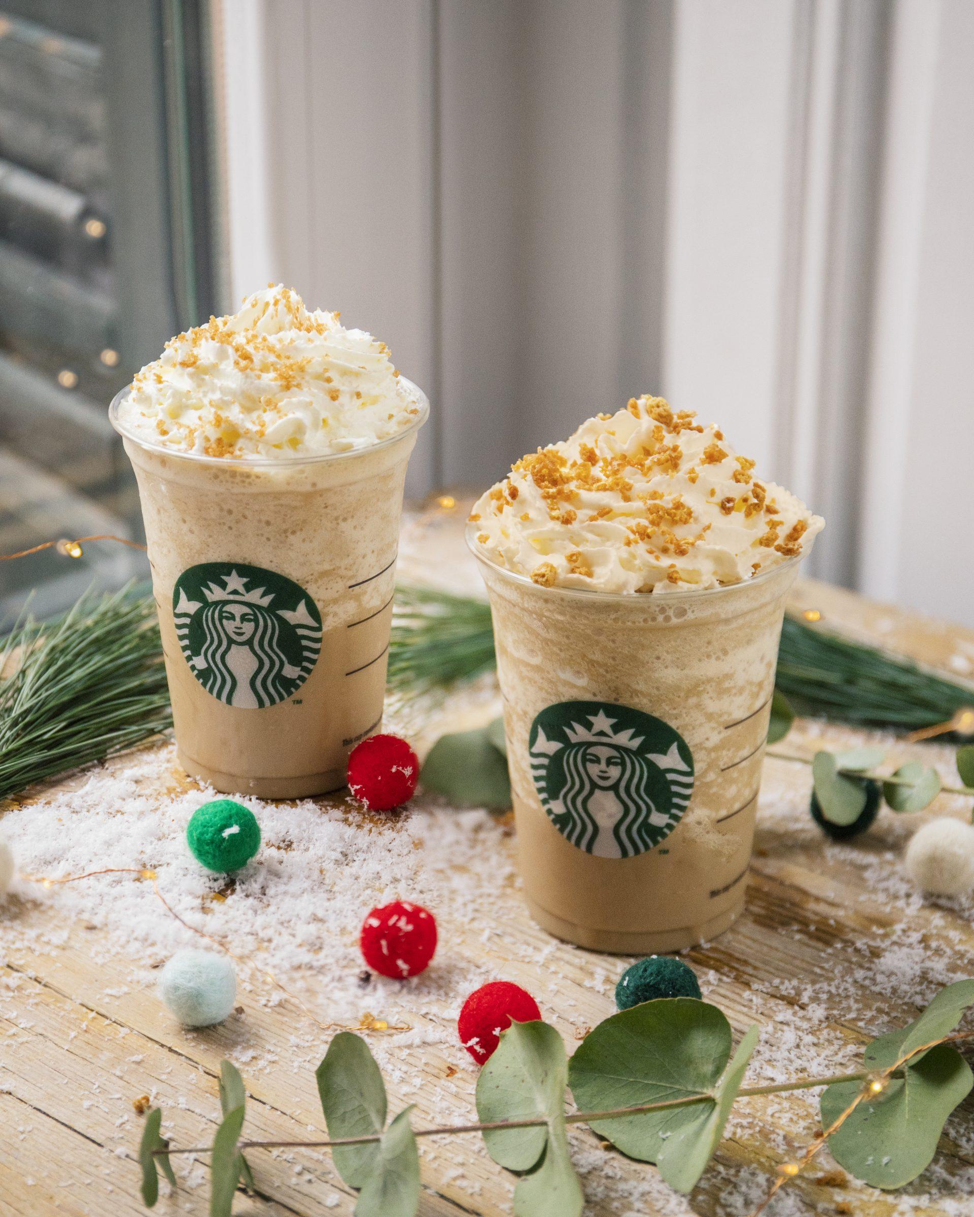 Foto de dos bebidas de Starbucks